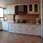 厨房实木橱柜设计