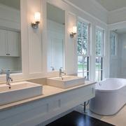 2016大户型欧式现代卫生间装修效果图欣赏