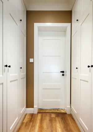现代简约风格大户型主卧室门装修效果图