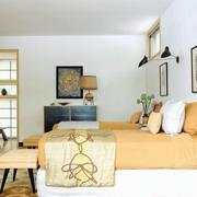 温馨自然卧室效果图