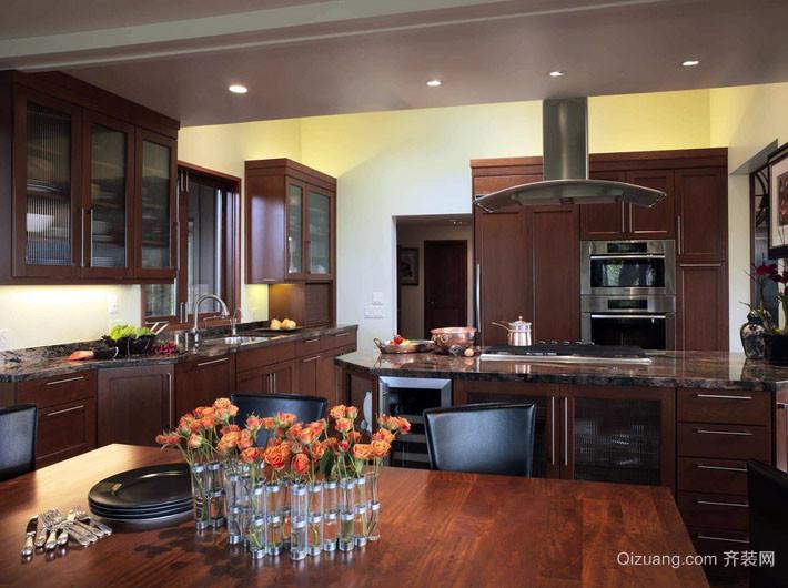 美式风格别墅型室内开放式厨房装修效果图