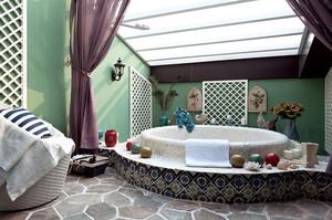 美式田园风格时尚创意室内卫生间浴缸装修效果图