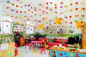 30平米充满童趣简约创意幼儿园教室布置装修效果图