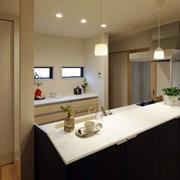 精致日式风格卫生间洗手台装修效果图