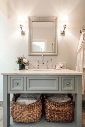 大户型现代美式风格简约时尚卫生间装修效果图