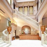 2016大户型室内楼梯设计装修效果图欣赏
