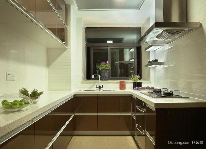 别墅欧式风格厨房吊顶设计装修效果图