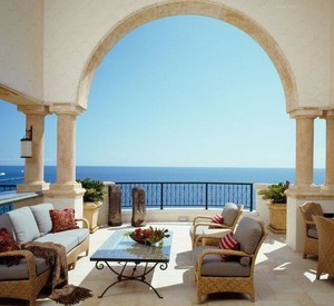 欧式风格别墅型阳台装修效果图欣赏