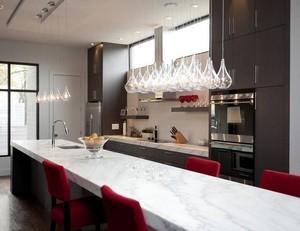 别墅型欧式现代厨房吧台装修效果图实例