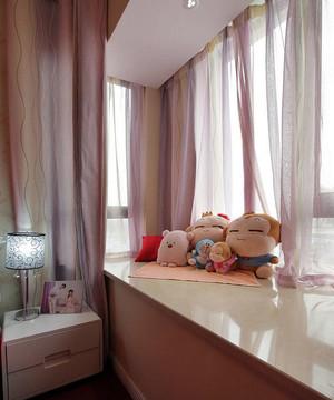 都市小清新风格自然舒适卧室飘窗装修效果图