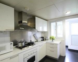 2016精致的别墅厨房室内装修效果图鉴赏