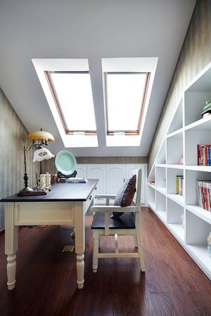 别墅型欧式风格精致阁楼书房装修效果图