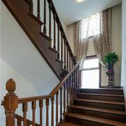 别墅美式风格楼梯装修效果图