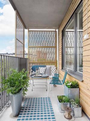 简约风格时尚自然大户型阳台装修效果图