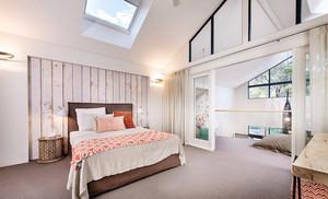 清新北欧风格复式阁楼卧室装修效果图