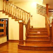 古典欧式风格别墅型室内楼梯装修效果图赏析