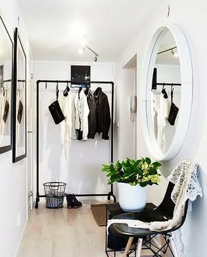 两居室现代简约风格玄关装修效果图大全