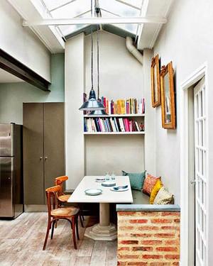 现代风格小户型创意小餐厅装修实景图