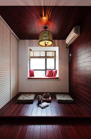 简约日式风格6平米飘窗榻榻米装修效果图
