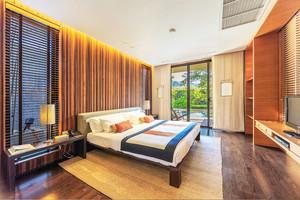 东南亚风格大户型卧室装修效果图