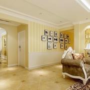 欧式两居室玄关照片墙装修效果图