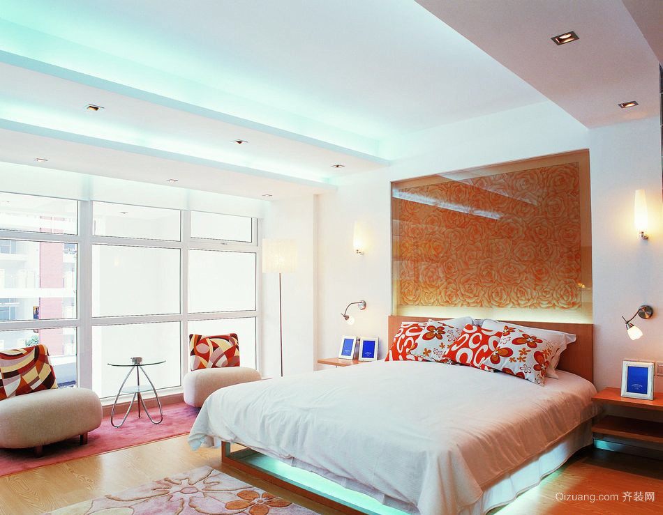 现代简约风格大户型卧室吊顶装修效果图