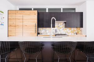 130平米现代风格厨房几何瓷砖效果图鉴赏
