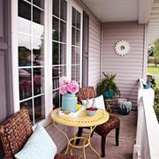 小户型绚丽多彩阳台装修效果图