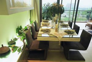 大户型现代风格创意餐厅背景墙装修效果图