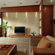 东南亚风格复式楼客厅电视背景墙装修效果图