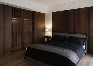 三居室东南亚风格卧室衣橱装修效果图