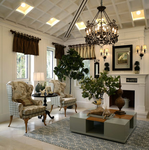 欧式田园风格别墅型客厅吊顶装修效果图