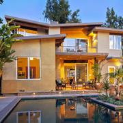 现代风格独栋别墅游泳池设计装修效果图