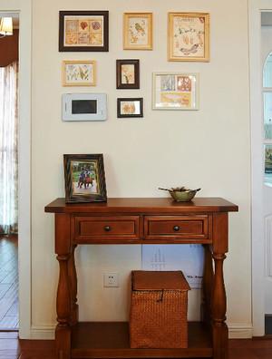 美式乡村风格进门玄关照片墙装修效果图
