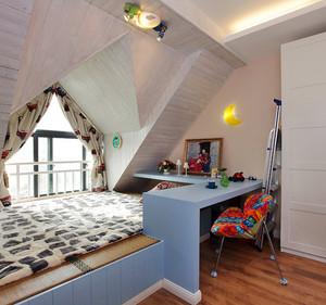 简欧风格阁楼卧室窗帘设计装修效果图