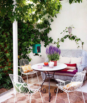 北欧风格简约家庭阳台设计装修效果图赏析