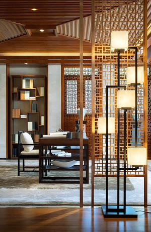 中式风格大户型书房镂空隔断设计效果图赏析