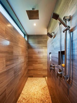 后现代风格大户型木纹砖卫生间装修效果图