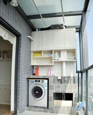现代简约风格阳台洗衣机设计装修实景图