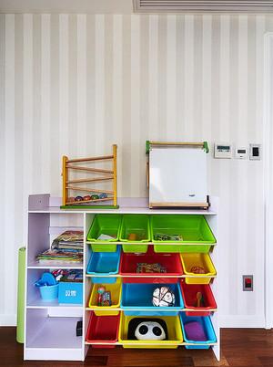 8平米现代简约风格儿童房储物柜装修效果图