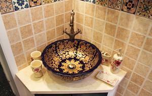 古典欧式风格卫生间洗漱台设计装修效果图