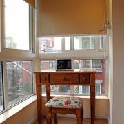 现代简约封闭式阳台装修效果图鉴赏