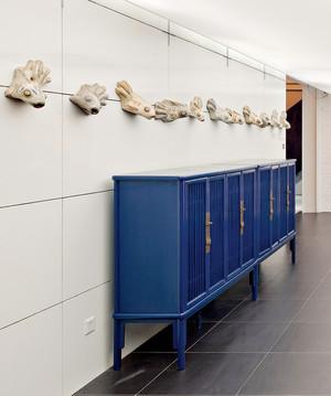 10平米现代风格别墅玄关鞋柜设计装修效果图