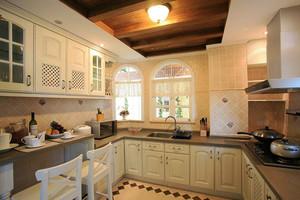 简欧风格大户型厨房橱柜设计效果图赏析