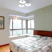 都市简约风格卧室转角飘窗设计装修效果图