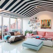 都市时尚混搭风格女生公寓客厅照片墙效果图