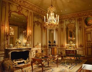 欧式古典风格别墅客厅装修效果图赏析