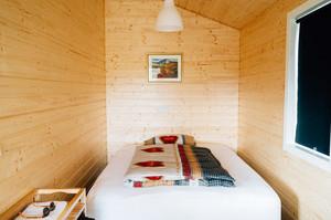 105平米日式风格阁楼卧室装修效果图