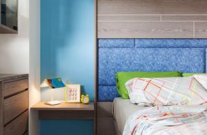 现代风格一居室卧室床头柜效果图赏析