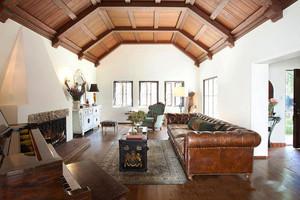 146平米东南亚风格客厅装修效果图鉴赏
